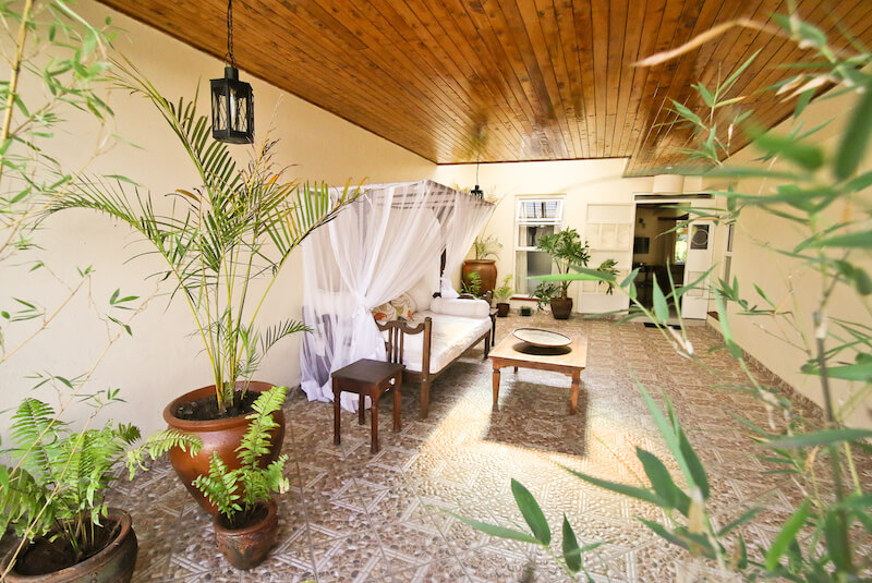 State House Courtyards Entry - Furnished Apartments in Nairobi
